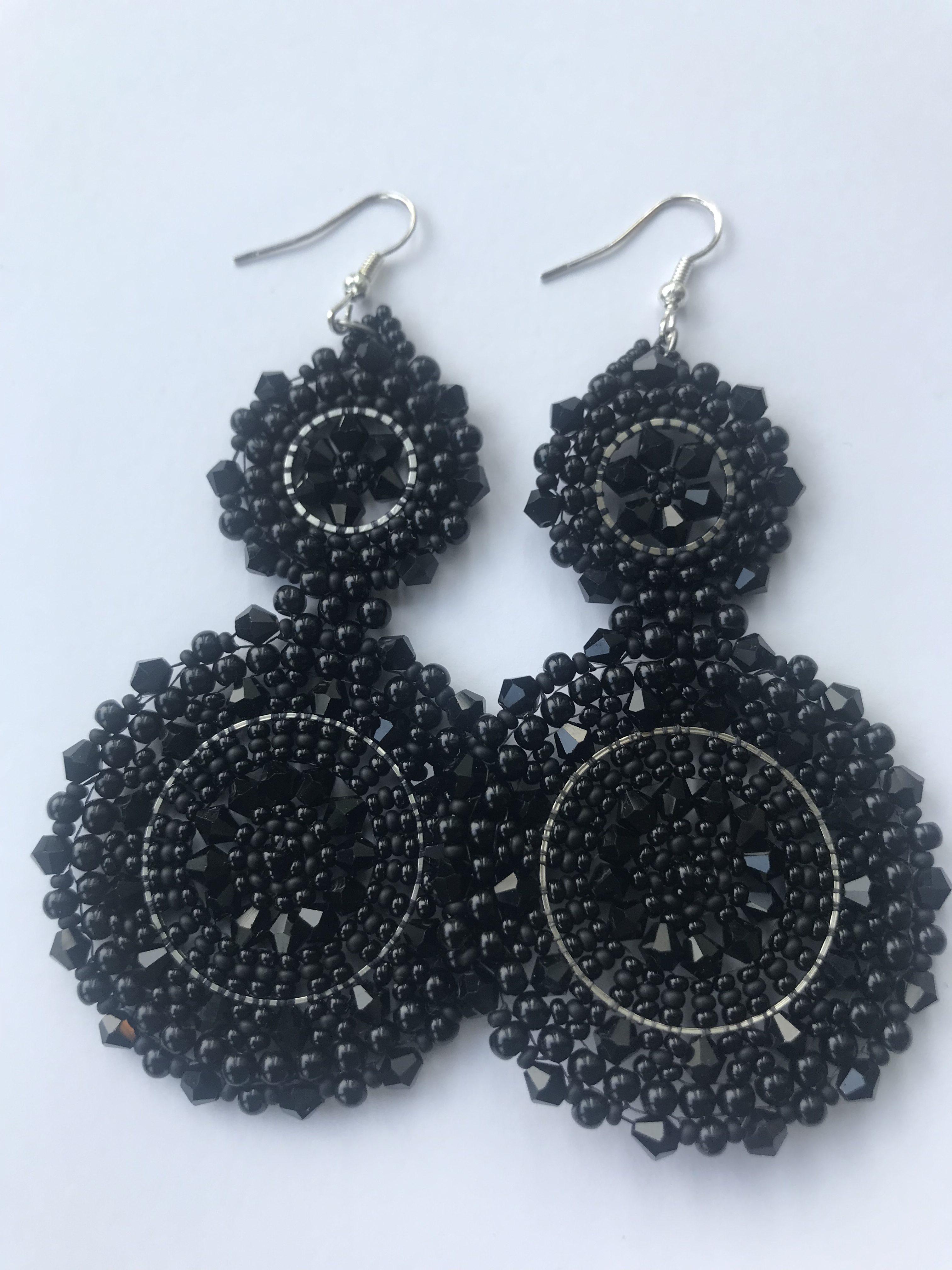Oorbel Black 2